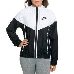 Nike women's Sportswear Wind-runner Jacket